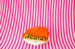 Reese's Merchandise Men's T-Shirt #NEW
