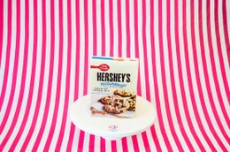 Betty Crocker & Heshey's Cookies 'n' Creme Cookie Mix #NEW #FEAT