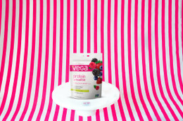 Vega Plant Based Smoothie Protein - Bodacious Berry Flavour #NEW #FEAT