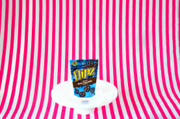 Flipz Pretzel Pieces - Dark Chocolate Flavour 141g #NEW #FEAT