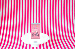 Hershey's Milk Chocolate Birthday Kisses (Pink) 198g