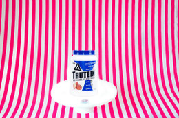 Body Nutrition Trutein UK - Strawberries & Cream (907g) #NEW