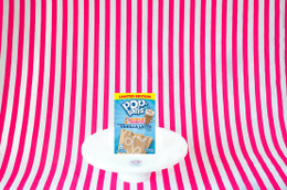 Limited Edition Dunkin Donuts Pop Tarts - Vanilla Cupcake 400g