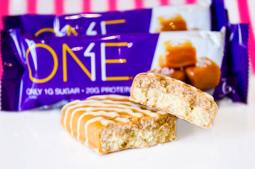 Oh Yeah One Salted Caramel Protein Bar! Indulgent Series! #NEW #FEAT