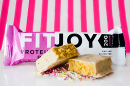 Fit Joy Protein Bar - Birthday Cake Batter flavour #NEW #FEAT