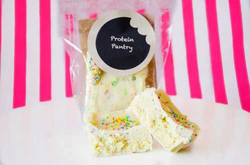Protein Pantry Hand-Made Birthday Cake protein bar!! #NEW #FEAT