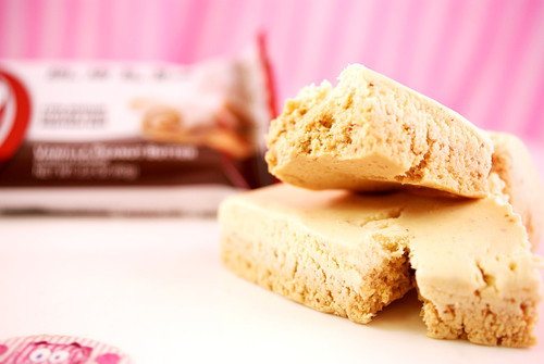 Vanilla Peanut Butter B-UP bars! Soft, satisfying and just a few chunks! :D