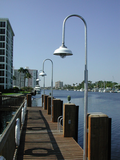 Aluminum Wharf Pole Dock Light W Dome Shade 11 Foot Dock