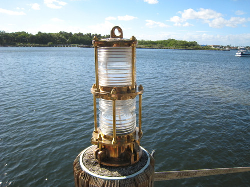 double piling dock light