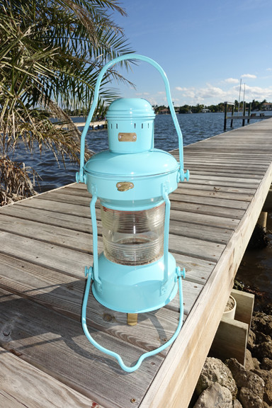 Turquoise anchor light