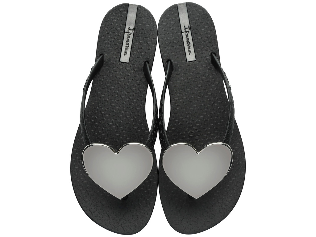 3be7c328c46 2017 Ipanema Wave Heart Flip Flop Black