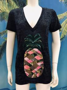 Flirt Exclusive Pineapple V-Neck Beaded T-shirt Black
