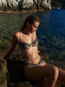 2021 Agua Bendita Jambo Telma Reversible One Piece Swimsuit