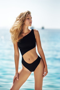 2021 Agua Bendita Giard Trini One Piece Swimsuit Black