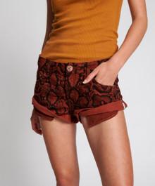 One Teaspoon Shorts Bandits Red Python