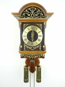 ANTIQUE VINTAGE BEAUTIFUL DUTCH SALLANDER WOODEN WALL  CLOCK