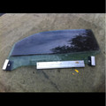 JAGUAR DOOR GLASS L/H XK8, XKR 97-02