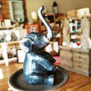 "4""H PEWTER ELEPHANT RING HOLDER"