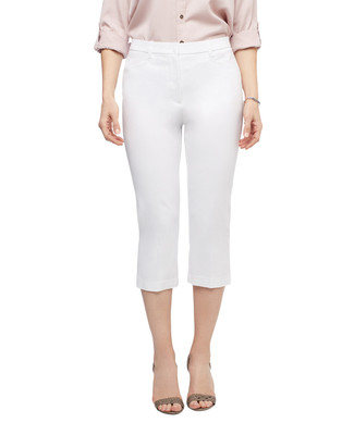 Women's white slim capri pants