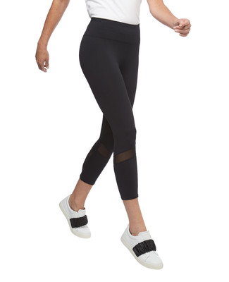 Women's black mesh detailing activewear capri pants