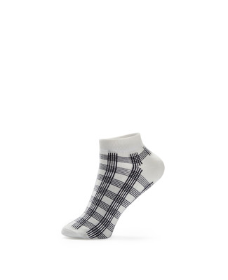 Women's white plaid ankle socks