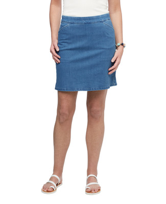 Women's medium wash pull on stretch denim skort.