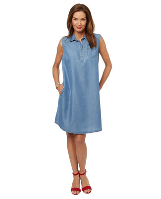 Women's casual sleeveless chambray dress with side pockets