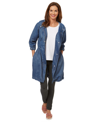 Women's hooded tencel jacket for spring.