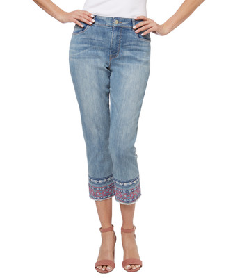 You'll be living in capris this summer, and these jeans are no exception. These capri jeans are embroidered at the hem with our tribal print. Wear with a button-up top tucked in and belted, or pair with your favourite tee.