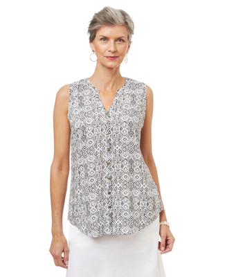 Women's sleeveless blouse in a black and white geometric print