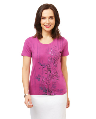 Women's t-shirt in pink with a floral graphic print