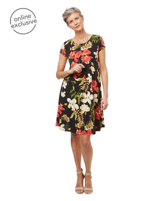 Women's short sleeve Hawaiian print swing dress.