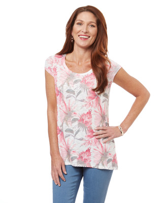 Women's scoop neck t-shirt in a pink floral print
