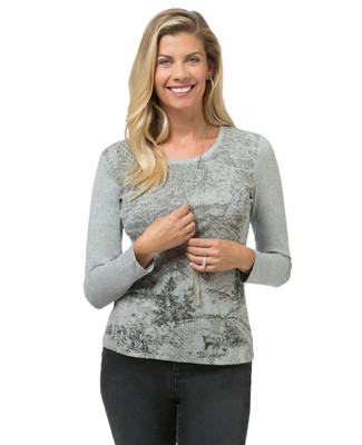 Women's petite long sleeve print top