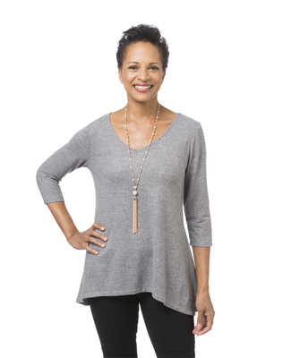 Women's light grey V-neck hacci top