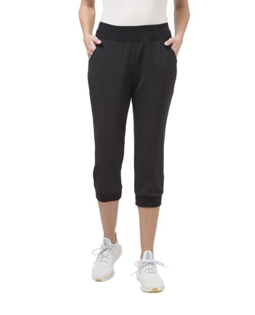 Women's black travel capri pants