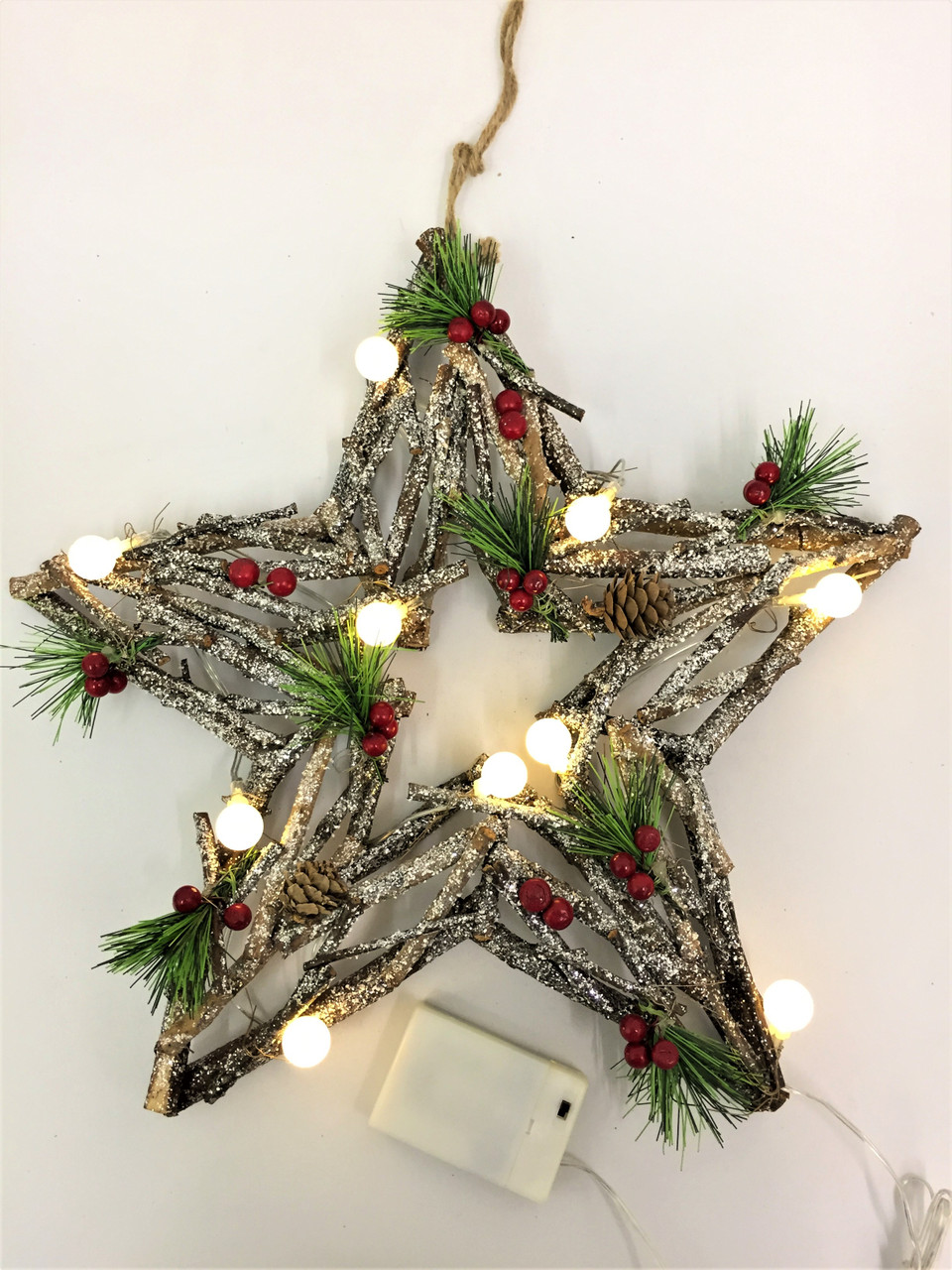 CHRISTMAS DRIFTWOOD STAR WREATH WITH LIGHTS - 40CM ...