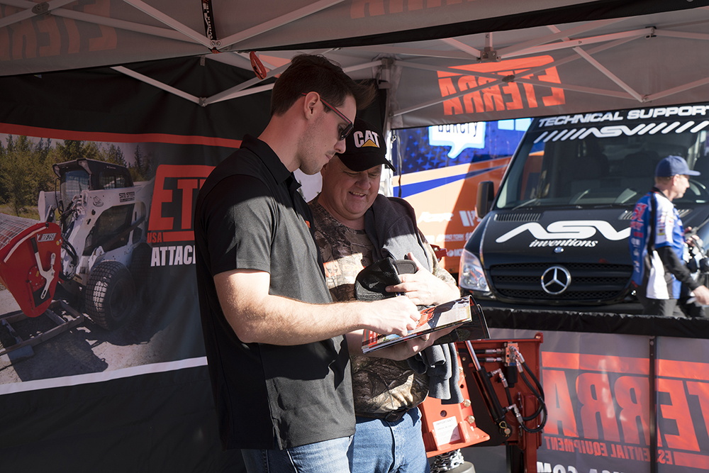 Eterra meets with Customers at Supercross
