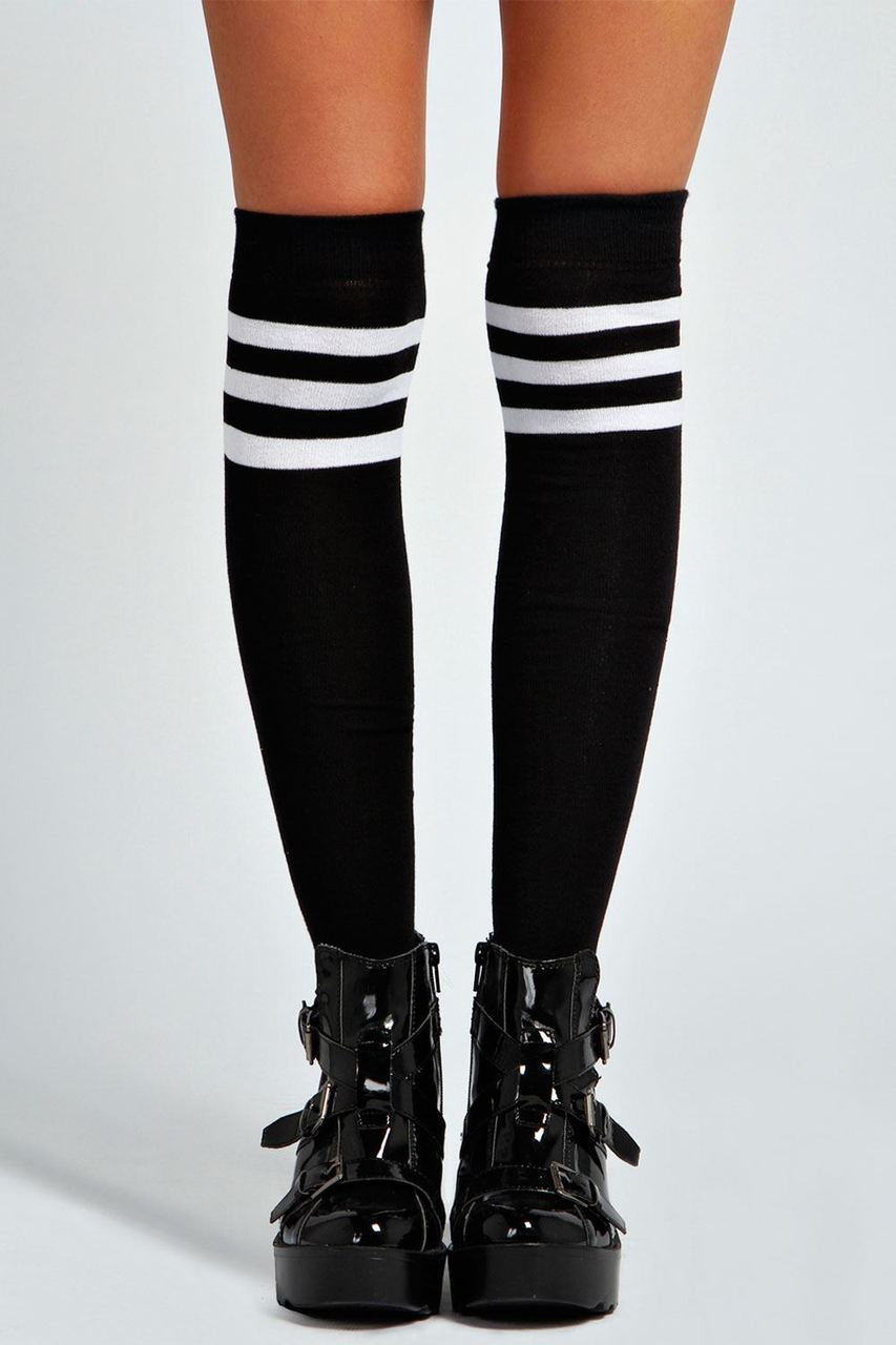 Twisted Ladies Knee High Tube Socks [BLACK]