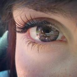 Closeup of Barbie Luna Grey lens. Photo: cuddlemonsterz.blogspot.com