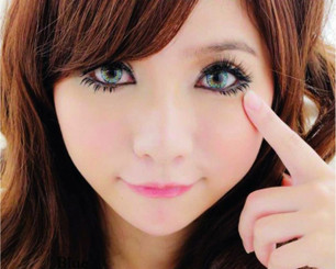 Get an ethereal forest fairy look with Barbie Luxury 3 Tone Blue circle lenses