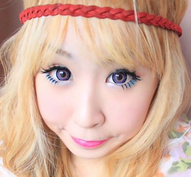Doll-eyed look with Bambi Violet circle lenses by Barbie (Dueba)