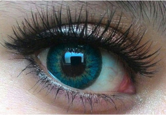 Closeup on Sweety Puffy Turquoise circle lenses for gorgeous dolly eyes