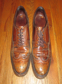 Vintage The Hanover Shoe Brown Distressed Wing Tip Laced Oxford Leather Men Shoes