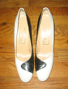 Vintage Black & White Color Block Mod High Heel Shoes