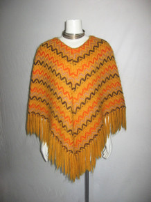 Vintage Carina Made In Italy 100% Wool Yellow Multi-color Zig Zig Pattern Knotted Fringe Poncho