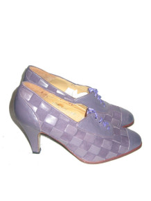 Vintage Designer Rosina Ferragamo Schiavone Made In Spain Mauve Woven Suede Leather Two Tone High Heel Ribbon Laced Oxford Shoes