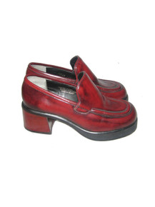 Vintage Steve Madden Reddish Burgundy Chunky Platform High Heel Leather Oxford Grunge Mary Jane Club Kid Goth Disco Retro Loafer Shoes