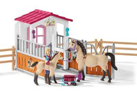 Schleich - Horse Stall with Horses and Groom SC42369 (4055744013836)  1