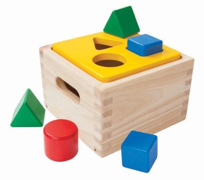 Plan Toys - Shape & Sort It Out PT9430
